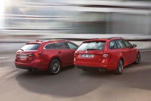 Mazda 6 Kombi AWD срещу Skoda Octavia Combi RS 4x4