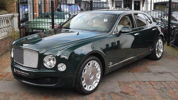 Обявиха за продан кралския Bentley Mulsanne