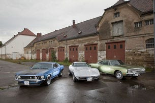 Chevrolet Corvette, Ford Mustang и Plymouth Road Runner: Трио Браво