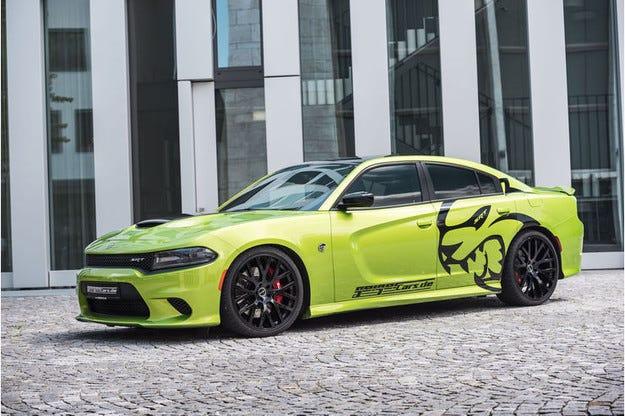 Dodge Charger SRT Hellicat: Котката на дявола