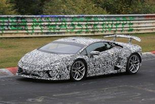 Lamborghini Huracan Superleggera идва през 2017