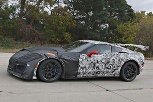 Chevrolet Corvette ZR1: Най-горещият C7 Corvette