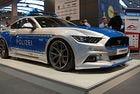 Ford Mustang се преобрази като полицейски автомобил