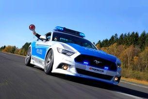Тунерът проектира аеродинамичен пакет за мускулестия американски автомобил