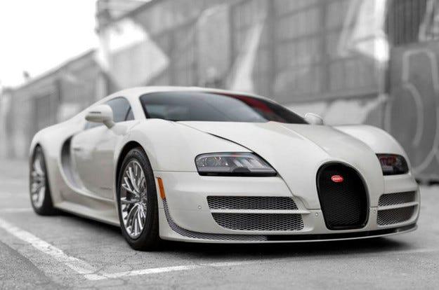 Продават последния произведен Bugatti Veyron Super Sport