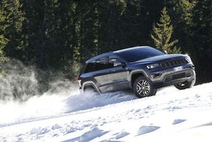 Jeep Grand Cherokee Trailhawk вече е на пътя