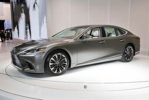 Lexus представи новото поколение на седана LS