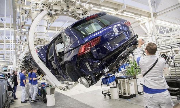 Тойота впервый раз за 5 лет уступила мировое лидерство попродажам авто