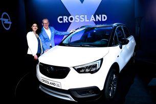 Представиха необичайно новия кросоувър Opel Crossland X