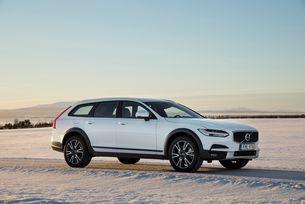Volvo представя новото V90 Cross Country