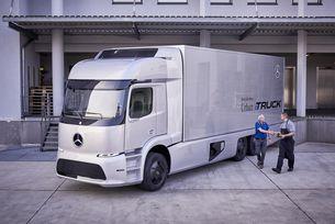 Mercedes пуска сериен електрически камион