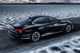 Разкриха технически подробности на хибрида Lexus LS