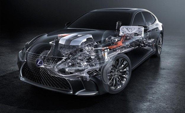 Флагманът Lexus 500h със система Multistage Hybrid