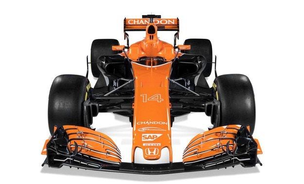 McLaren започва на чисто с MCL32