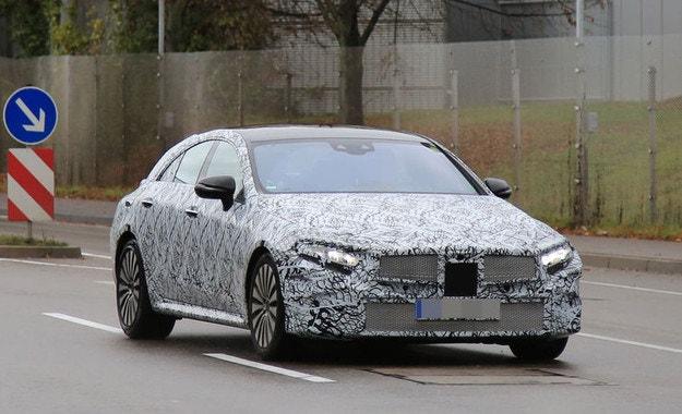 Mercedes-AMG CLS (2017): Купето GT идва в Женева