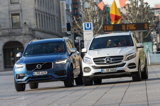 Mercedes GLE 500 e 4Matic срещу Volvo XC90 T8 AWD