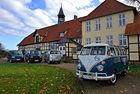 """70 години """"Були"""": Блус за VW Bus"""