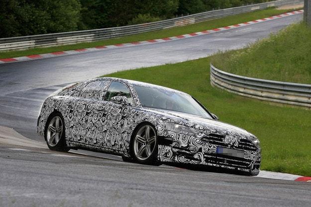 Audi A8: Новият луксозен лайнер идва през 2017