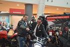 Асен Блатечки и изпълнителният директор на Sofia Ring Mall Димитриос Папулис дават старт на MOTO EXPO 2017