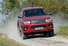Toyota Hilux: Работохоликът