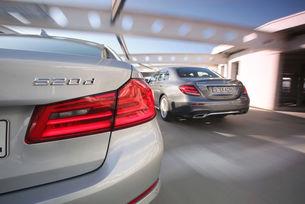 BMW 520d срещу Mercedes E 220 D: Вечният двубой