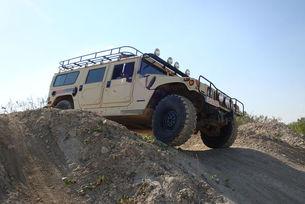 VLF Automotive: Луц и Фискер готвят Hummer H1