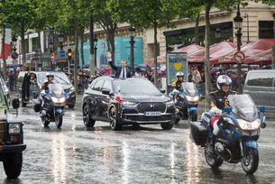 Във Франция представиха автомобила за новия президент