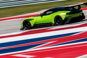 Aston Martin Vulcan на пистата в Остин, Тексас