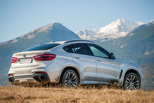 BMW X6 xDrive 50i: Екстровертът