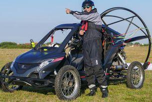 Французин прекоси Ламанша с летяща кола