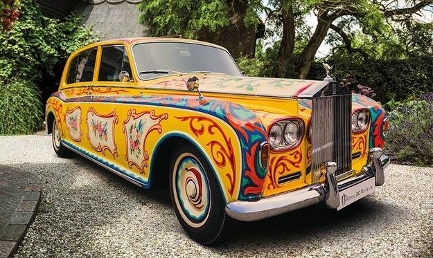 Rolls-Royce на Джон Ленън се завръща в Англия