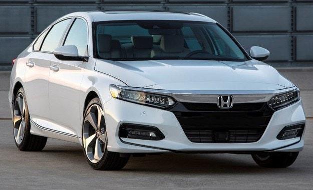 Honda разкри новото поколение на седана Accord