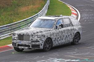 Rolls-Royce тества новия кросоувър на Нюрбургринг