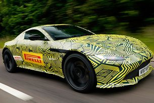 Издебнаха новия Aston Martin Vantage по време на тестове
