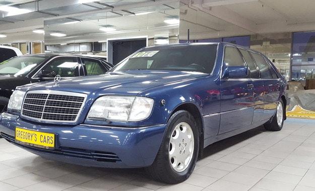 Продават лимузината Mercedes-Benz на Елцин