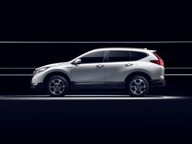 Последни новини за Honda CR-V Hybrid Prototype
