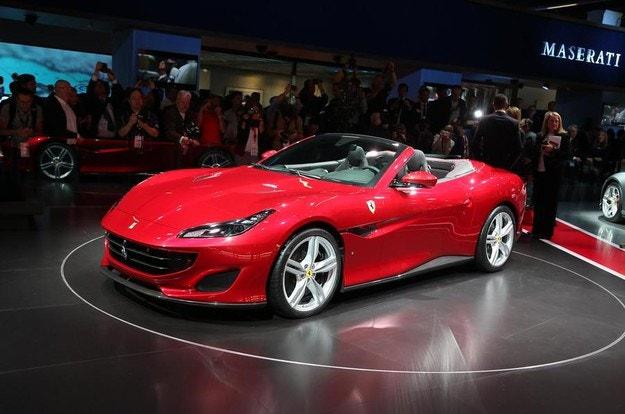 """Новото """"достъпно"""" Ferrari с 600 к.с."""