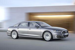 Още класа и блясък на салона в София с Audi и Jaguar
