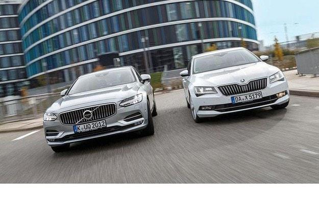 Skoda Superb и Volvo S90: Алтернативи в горния сегмент