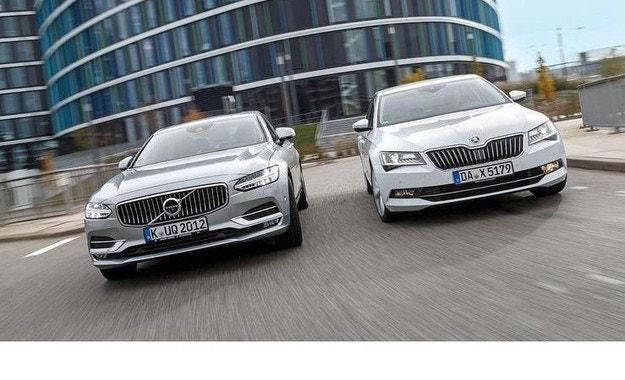 Skoda Superb срещу Volvo S90: Алтернативи в горния сегмент