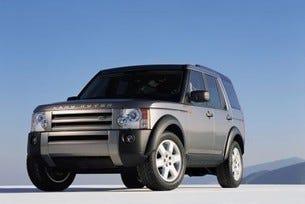 "Двойна победа за Land Rover на наградите на ""What Car?"""