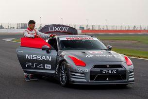 Първият в света Nissan GT-R контролиран с PlayStation®