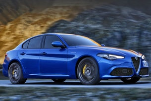 """Alfa Romeo Giulia може да има """"гореща"""" версия"""