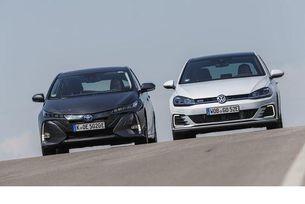 Toyota Prius Plug-in Hybrid срещу VW Golf GTE