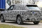Rolls-Royce Cullinan леко сваля камуфлажа