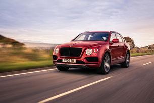 Bentley Bentayga получи бензинов V8 с  550 к.с.