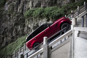 Още за изкачването на Range Rover Sport до Вратата на Рая