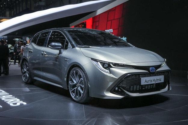 Toyota Auris (2018) дебютира в Женева
