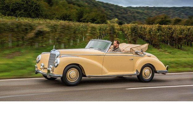Mercedes-Benz 300 S Cabriolet A: Луксозен лайнер