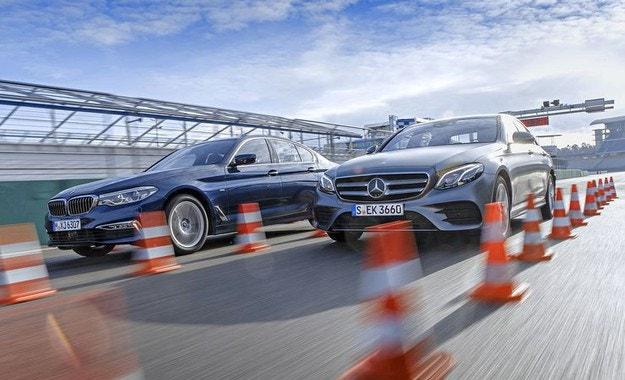 BMW 530i срещу Mercedes E 300: Между Днес и Някога